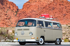 1970 Volkswagen Bus (Eric Arnold Photography) Tags: vw volkswagen bus van bay window feature shoot photoshoot 1970 70 redrock red rocks canyon redrockcanyon lasvegas vegas recreation area recarea desert conservation coolers cooler coleman low lowered canon 80d canon80d
