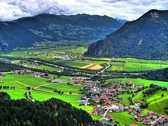 Blick ins Inntal (almresi1) Tags: inntal zillertal achensee tirol austria berge tal mountains sterreich dorf village