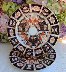 Royal Crown Derby Traditional Imari Dinner Plates Cobalt Rust Gold (Donna's Collectables) Tags: royal crown derby traditional imari dinner plates cobalt rust gold thanksgiving christmas