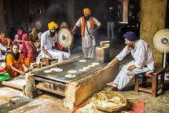 Freshly made Chapatis, Golden Temple, Amritsar, Punjab, India (Lemmo2009) Tags: freshlymadechapatis goldentemple amritsar punjab india