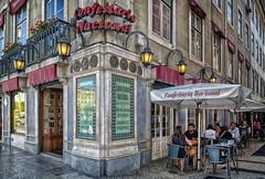 Confeitaria Nacional (Dale Michelsohn) Tags: portugal confeitarianacional coffee tea shop cakes sweets lisbon lisboa pracadafigueira canon g5x dalemichelsohn street cafe confection bakery 1829