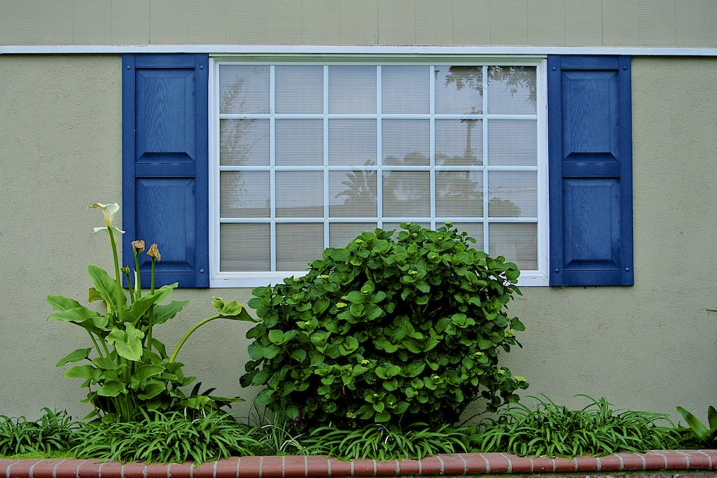 Shutters 4 by uhohmylo, on Flickr
