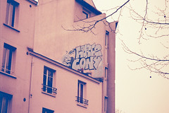 Horf Cony (lepublicnme) Tags: paris france film rooftop analog lomo minolta icon april pal ikon icone argentique cony ikone horf conie 2013 7000i redscale horfe orf horph horphe orfe palcrew