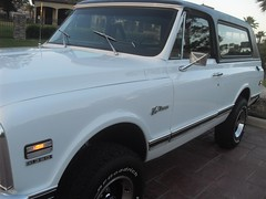 71K5Blazer_2k_front_right (Monaco Luxury) Tags: auto bar 1971 ps pb stereo chevy 350 roll custom blazer resto k5 pristine frameoff