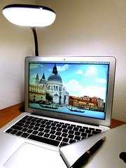 Macbook Air 2013 News May Lumiy LEDs LED Lamp1060825 (stanfordgreentrees) Tags: pro macbook macbookpro macbookair macbookproretina 15inchmacbookproretina