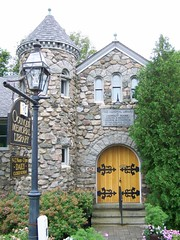 Ogunquit Memorial Library- Ogunquit ME (2) (kevystew) Tags: library maine us1 ogunquit yorkcounty nationalregister nationalregisterofhistoricplaces memoriallibrary