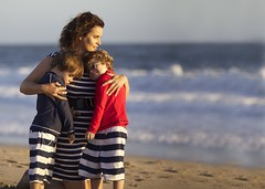 California sunset (catherinelaceyphoto) Tags: california family boy vacation holiday color colour love beach girl canon children losangeles kid sand child father joy daughter mother happiness son socal