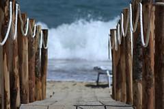 ecco il mare (Mi che le) Tags: mare passerella sea gangway calabria jonio spiaggia beach sabbia sand pentax2000
