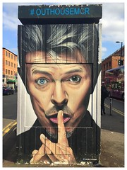 Bowie (Luna Andalusa) Tags: bowie manchester street photography uk david