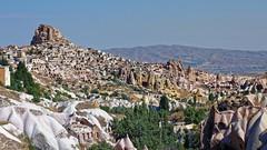 Uhisar (1012) (mcavcar) Tags: uhisar uchisar nevehir nevsehir turkey cappadocia kapadokya castle history rock hill landscape town tourism cave dwelling hittite village