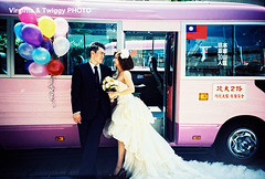 Film x Lomo Pre-Wedding Photo- Eason ❤ Jessie*3 (Twiggy Tu) Tags: portrait film lomo lca taiwan taipei 2012 preweddingphotography 婚紗攝影 virginiatwiggyphoto