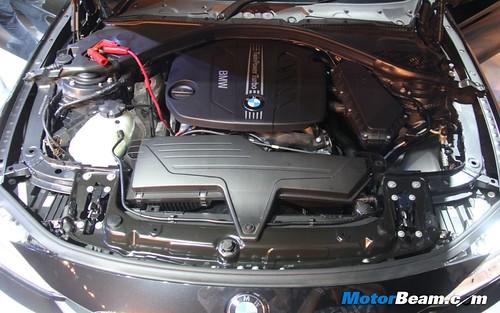 2012-BMW-3-Series-F30-07
