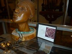 Slave Collar (Aldene.Gordon) Tags: slavecollar civilwarartifactsstorelittledrummerboy