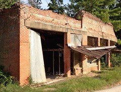 Crumbling old timer.... (Rob Sneed) Tags: county building brick abandoned woods texas ferris polk waxahachie piney leggett