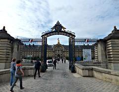 Hôtel des Invalides, Paris, France (Grangeburn) Tags: paris france geotagged napoleon lesinvalides