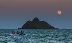 Going to the moon (fotosbyterry) Tags: moon hawaii dusk canoe fullmoon kailua mokes outrigger mokuluaislands