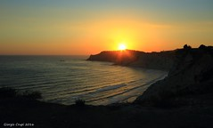 Sicilian sunset 01 (Crupi Giorgio (official)) Tags: italy sicily seascape sunset canon canoneos7d sigma sigma1020 nature relax sea serenity sky reef coast sun
