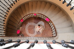 Le grand Jour (Jolivillage) Tags: jolivillage mariage wedding matrimonio escalier stairs bride marie lesomail aude languedoc languedocroussillon occitanie france europe europa geotagged