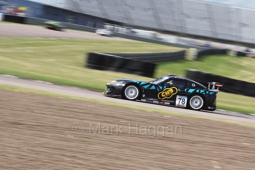 Colin White in the Ginetta GT4 Supercup at Rockingham, August 2016