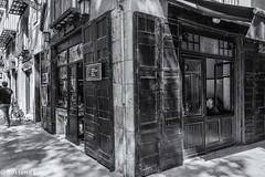 El Born (rossendgricasas) Tags: street born photo photography urban exploration nikon barcelona lightroom bw catalonia bn tamrom elborn