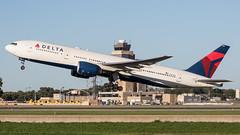 MSP N867DA (Skeeter Photo) Tags: minneapolisstpaulinternationalairport msp kmsp mspairport aviation avgeek airliner airplane chrislundberg n867da boeing 777 b772 777232er deltaairlines dal169
