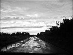 20110716_136 (sulamith.sallmann) Tags: bw france nature wet rain vanishingpoint frankreich europa natur rainy sw normandie regen manche fra regnerisch nass regenwetter autofahrt cotentin lahague bassenormandie fluchtpunkt autoverkehr sulamithsallmann