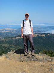 Jon on Mount Tamalpais (pr0digie) Tags: sanfrancisco mountain bay jon marin mttam overlook sausalito mounttamalpais