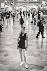 Ballet Dancing at Grand Central XII (Uwe Seiler) Tags: new york usa nikon 18200 d70nikon vrii yorknikon usanikon d7000 vriinikon 20120725 d70nikond7000 usa20120725 usad7000 usausanew