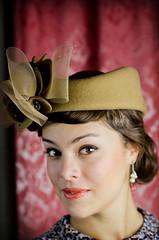 Retrato Vintage a Liz (@chenbrimac) Tags: portrait liz vintage elizabeth sombrero figueroa perlas aretes girasolocom diegochen girasoloarteyfotografa tamron20macro