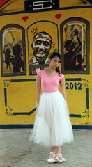 Projeto Na Ponta - Nathlia Rocha (karo.reis) Tags: street ballet ballerina rua bailarina bal streetballet naponta balnarua projetonaponta