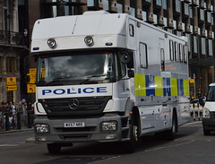Avon & Somerset Police, Mercedes Axor 1823L, Mounted Unit Horse Box (WX57 NRE) (Chris' 999 Pics) Tags: old uk blue light england woman man film speed lights bill pc nikon bars pix order fuji cops united nick fine blues samsung kingdom cop finepix copper and fujifilm service law hd enforcement breakers emergency 112 siren coppers arrest policeman 999 constable 991 twos strobes policing lightbars rotators d3000 leds s2750