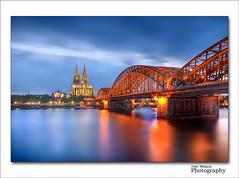 Hohenzollern Bridge - Cologne (Kln) - Germany (Ivn Maigua) Tags: night germany nikon cologne kln ivn hdr nikond200 hohenzollernbridge artistictouch ivnmaigua hohenzollernbridgecologneklngermany