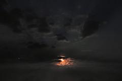 luce di luna (conteluigi66) Tags: luna luce buio tenebre illuminazione sky luigiconte nuvole clouds cielo sacredmoon