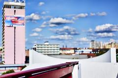 Ludwigshafen Farbe (rainerneumann831) Tags: ludwigshafen hotelexcelsior hochbrcke gelnder