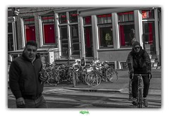 """LOOKING THE WRONG WAY, BOYS !"" (régisa) Tags: red light district quartier rouge amsterdam holland hollande redlightdistrict prostitutie prostitute prostituée brothel maisonclose bordel softcell paysbas"