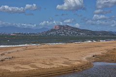 Across Rowes Bay To Castle Hill (gecko47) Tags: landscape seascape townsville northqueensland rowesbay pallarenda castlehill kissingpoint beach sand water waves