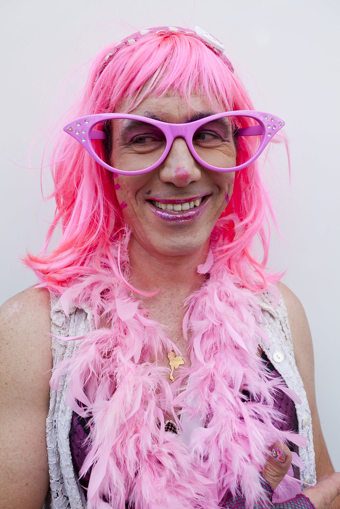 wig Lesbian pink