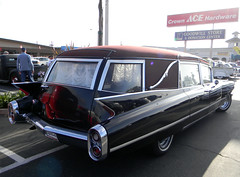 DSCN3575 (FLY2BIGBEAR) Tags: cruise hot classic car funeral donut hotrod rod huntingtonbeach hearse derelicts donutderelicts