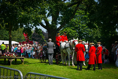 The Royal Carriage (Sandringham Flower Show 2012) (Gaz - (Gareth Hinchliffe Photography)) Tags: horse carriage crowd norfolk royal sandringham cart hrh sonya850 sony850 sandringhamflowershow sonyvariosonnart2470mmf28zassm