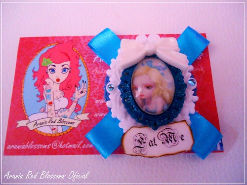 Broche Alice in Wonderland