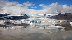 Hielo y nubes (enrique1959 -) Tags: martesdenubes martes nwn nubes islandia hielo glaciar agua lagunaglaciar laguna