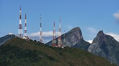 Picos ,rocas y antenas (ricardogz10) Tags: cerro de la silla monterrey antenas rocas montaa mountain
