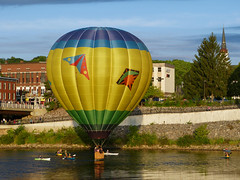 Tailwinds hot air balloon (lucre101) Tags: tailwinds skimming hot air balloon great falls festival usa america auburn lewiston maine river flying sky ballooning charity fund raiser booster