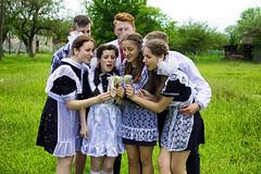 IMG_9328a (volodyainteres) Tags: graduates students grade11 portrait groupshot girls boys school