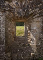 Bayham Abbey 20 (mini-b) Tags: bayhamabbey ruins englishheritage 13th15thcentury frant eastsussex canon eos5dmkii ef28300mm3556lisusm 2016