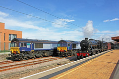 66302 + 66301 + 48151 - York (Tommy's Railway Photos (formerly 96tommy)) Tags: uk gb great britain united kingdom england class 66 66301 66302 48151 8f photo photography transport transportation steam diesel engine traction locomotive summer york yorkshire north railway train station smoke yorks trains drs direct rail railways livery nrm national museum new old compass