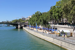 Man Made Beach on the River Seine, Paris (Ronto) Tags: princesscruises caribbeanprincess paris lehavre france riverseine beach