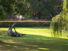 20160927_Wien_003 (weisserstier) Tags: wien vienna park skulptur sculpture kunstwerk art schweizergarten