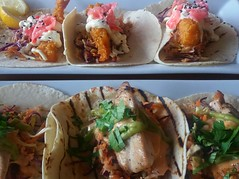 Chicken and prawn soft tacos (Derryn_NZ) Tags: tacos lunch prawns coleslaw chicken food chipotle