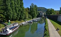 Balade en bateau sur le Doubs (Diegojack) Tags: france franchecomt canal doubs besanon bateau battant reflets ecluse